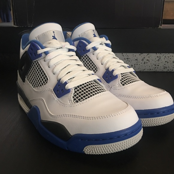 best website f36e4 3f71f Air Jordan 4 Motorsport size 5.5Y Women s Size 7